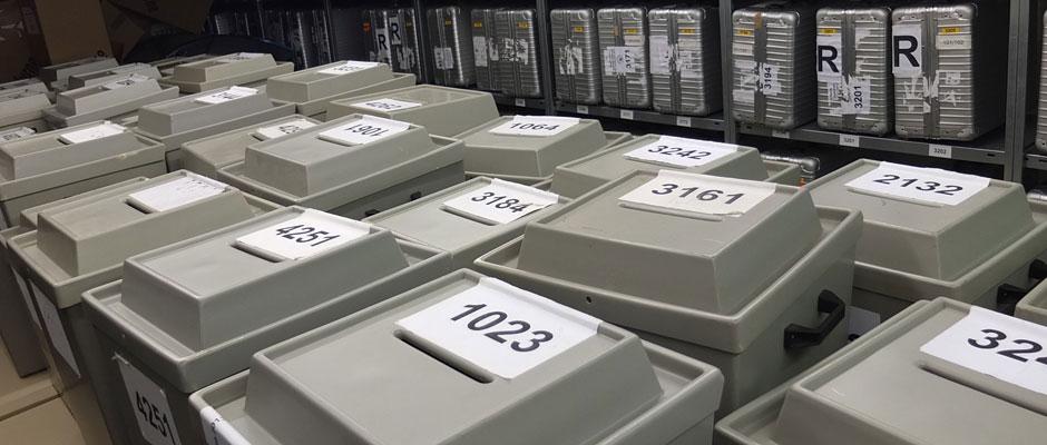 Die Wahlurnen stehen schon bereit. ©Michael Paternoga, Stadt Herne