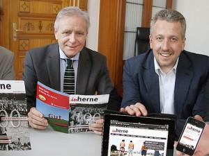 """Stellen das neue Stadtmagazin """"inherne"""" vor: Horst Martens, OB Horst Schiereck, Christian Matzko, Thomas Schmidt"""