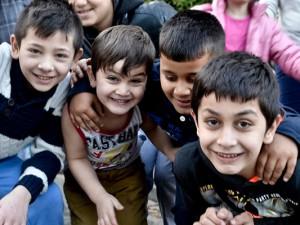 Kinder an der städtischen Unterkunft am Zechenring, ©Thomas Schmidt, Stadt Herne