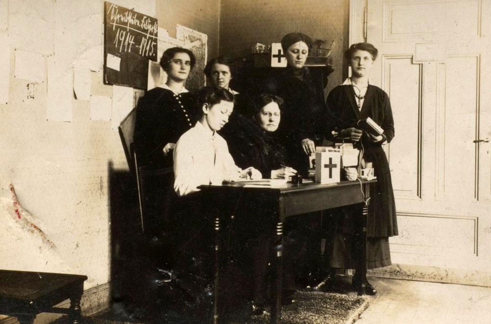 Eine Feldpostschreibstube in Herne während des Ersten Weltkriegs. © Stadtarchiv Herne