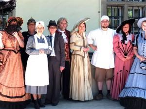 Die historischen Bewohner des Schlosses unterhalten das Publikum am Sonntag, 15. Juni. © Stadt Herne, Horst Martens