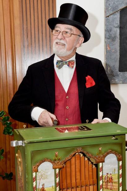 Dieter Sebastian hat mit seiner Orgel viele Spendengelder eingespielt. © Thomas Schmidt, Stadt Herne