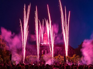 Feuerabend auf em Rathausvorplatz. ©senderworlds.de