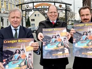 Präsentierten das neue Kirmesplakat (v.l.): OB Horst Schiereck, Dezernent Johannes Chudziak und Stadtmarketing-Chef Holger Wennrich. ©Thomas Schmidt, Stadt Herne