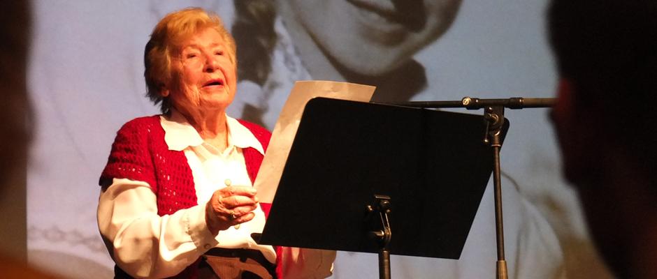 Zeitzeugin Esther Hocherman hielt 70 Jahre nach der Befreiung von Auschwitz eine bewegende Rede.