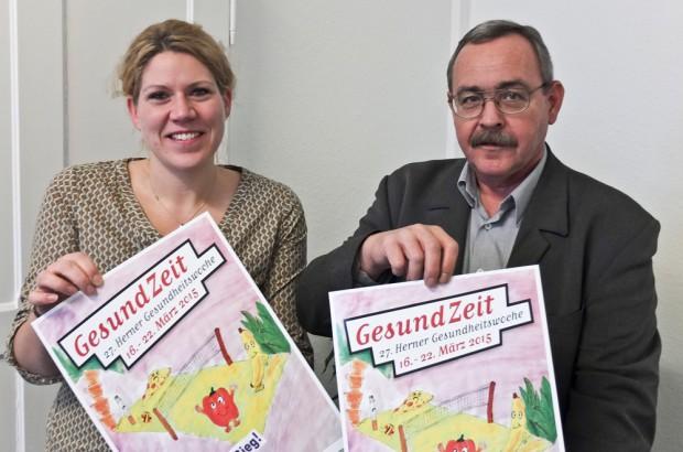 Katrin LInthorst und Rudolf Pinkal präsentieren die Gesundheitswoche. © Stadt Herne, Christoph Huesken