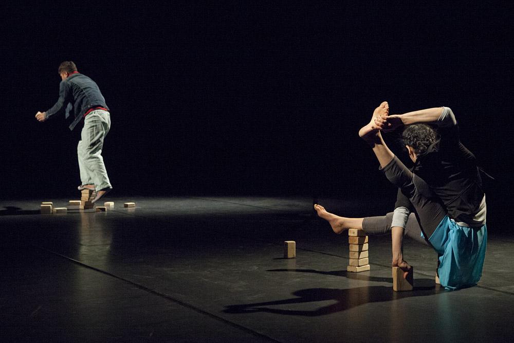 Fadi Zorrod und Ashtar Muallem mit dem Stück B-Orders beim Cirq'Ouleur Festival in den Flottmannhallen. ©Frank Dieper, Stadt Herne
