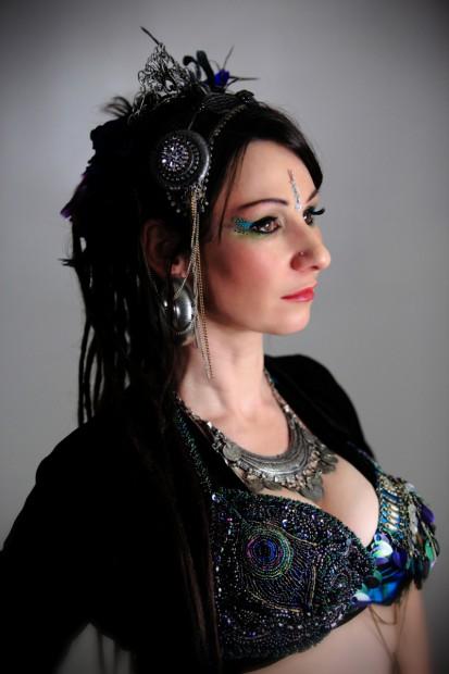 Tänzerin Aela Badiana aus den USA.