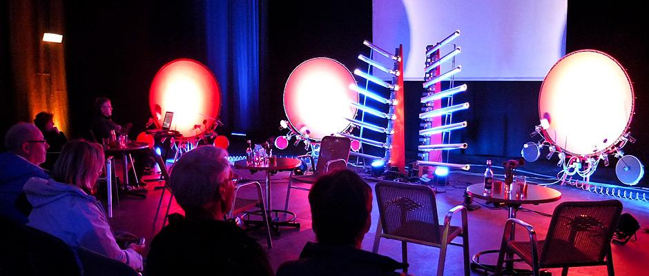 Maschinen-Orchester aus Druckluftinstrumenten von Klangkünstler Christof Schläger ©Michael Paternoga, Stadt Herne