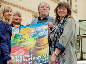 Die Macher des Kulturfestivals: Claudia Stipp, Jutta Laurinat, Peter Weber und Kirsten Büttner vom Fachbereich Kultur der Stadt Herne. © Stadt Herne, Frank Dieper.