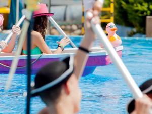 Die Badewannen-WM im LAGO aus dem Vorjahr. © Frank Dieper, Stadt Herne.