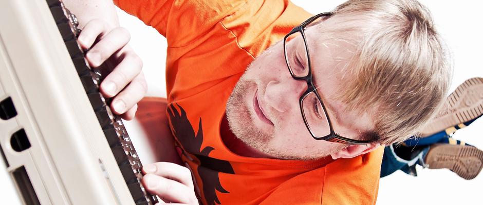 Jens Heinrich Claassen präsentiert sich als Nerd.