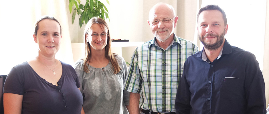 (v. links) Sandra Dertwinkel, Beate Tschöke, Dieter Berndt und Frank Lange kümmern sich um minderjährige Flüchtlinge. ©Stadt Herne, Samira Rehrmann