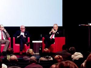 Johannes Chudziak, Rainer Overath und Dr. Hans Werner Klee informierten, Jochen Schübel moderierte. © Stadt Herne, Michael Paternoga.