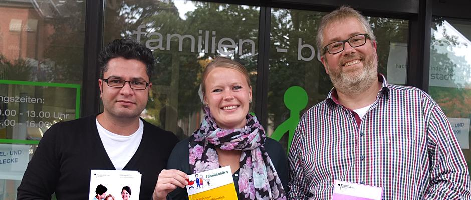 Ekrem Karayigit von der Elterngeldstelle, Sarah Liebig vom Familienbüro und Frank Schmidt, Abteilungsleiter im Fachbereich Kinder-Jugend-Familie. © Stadt Herne, Horst Martens.