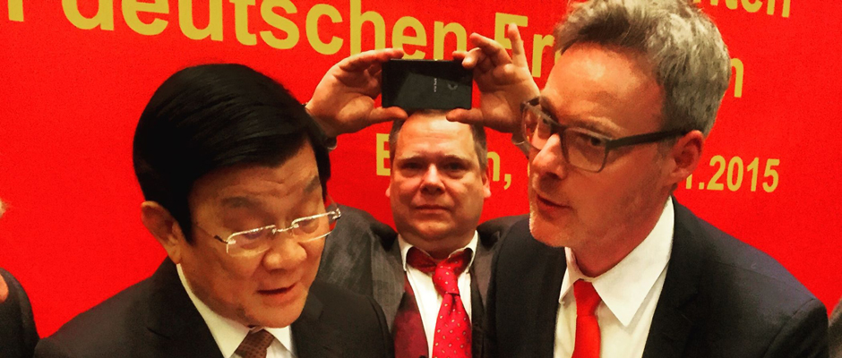 Dr. Josef Mühlenbrock mit dem vietnamesischen Staatspräsidenten Truong Tan Sang.