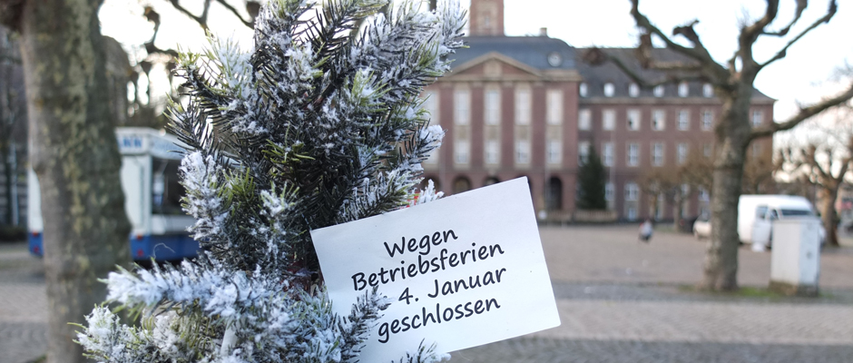 Ab Donnerstag, 24. Dezember, wegen Betriebsferien geschlossen - das Rathaus - und die meisten anderen städtischen Einrichtungen. © Michael Paternoga, Stadt Herne.