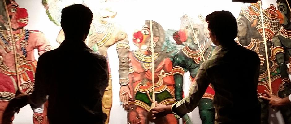 Beschließt die FIDENA in Herne: das Lanka Dahanam-Schattentheater aus Indien.