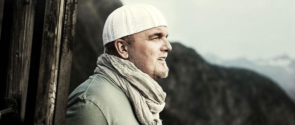 DJ Ötzi ist ein Schlagerstar ist, Gerhard Friedle ist zurückhaltend, durchaus tiefgründig.
