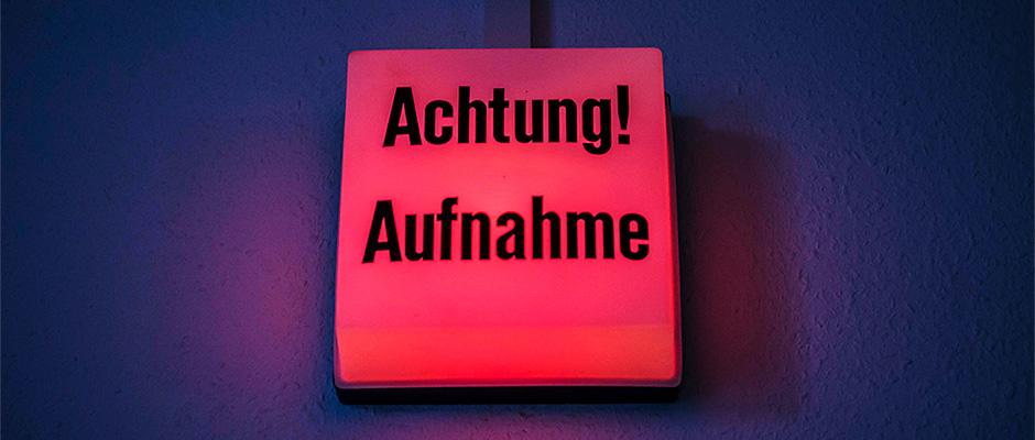 Die Herner Hörzeitung wird in der Tonwerkstatt der VHS Wanne aufgenommen. © Thomas Schmidt, Stadt Herne