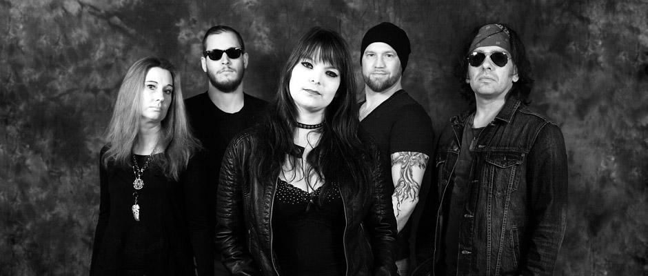 Why Amnesia - eine der drei Bands mit Frauen am Mikro.