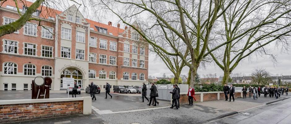 Der Name bleibt, die Nutzung ist eine andere: Die Königin-Luisen-Schule wurde für 7,1 Millionen Euro komplett saniert. ©Frank Dieper, Stadt Herne