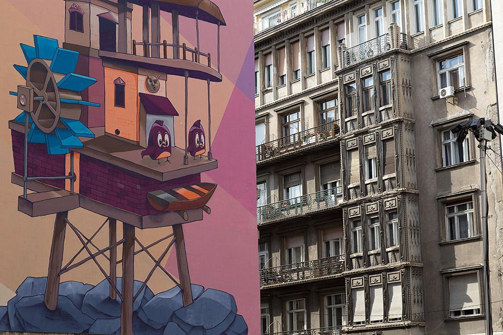 Fassaden in Budapest. ©Sascha Rutzen