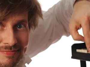 "Daniel Helfrich, der Klavierkabarettist, tritt bei ""Kultur unter der Kuppel"" auf. ©Christian Lippert."