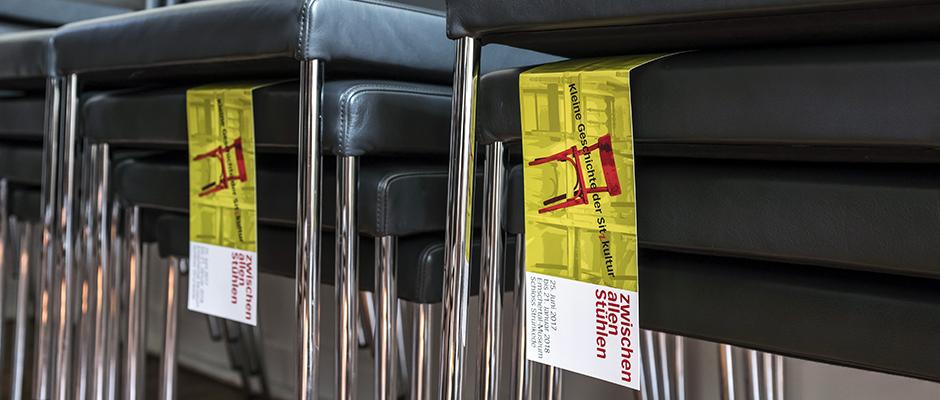 """""""Zwischen allen Stühlen."""" © Thomas Schmidt, Stadt Herne."""