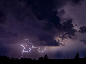 Der Wetterdienst warnt vor Gewitter. ©Frank Dieper.