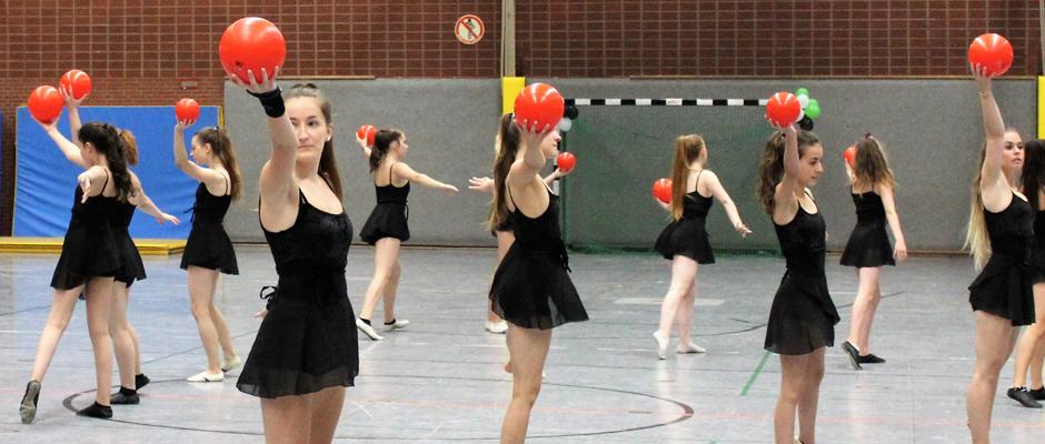 Eine von 20 Sportgruppen, die sich in der Halle präsentierten.