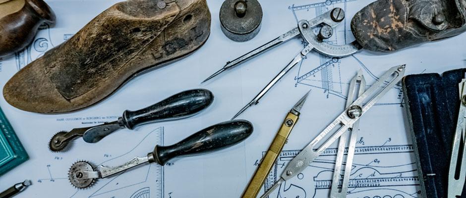 Die Instrumente für das Schuhwerk-Design. © Frank Dieper, Stadt Herne.