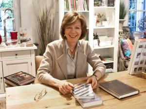 """Elisabeth Röttsches, Chefin des """"Literaturhauses"""". © Horst Martens, Stadt Herne."""