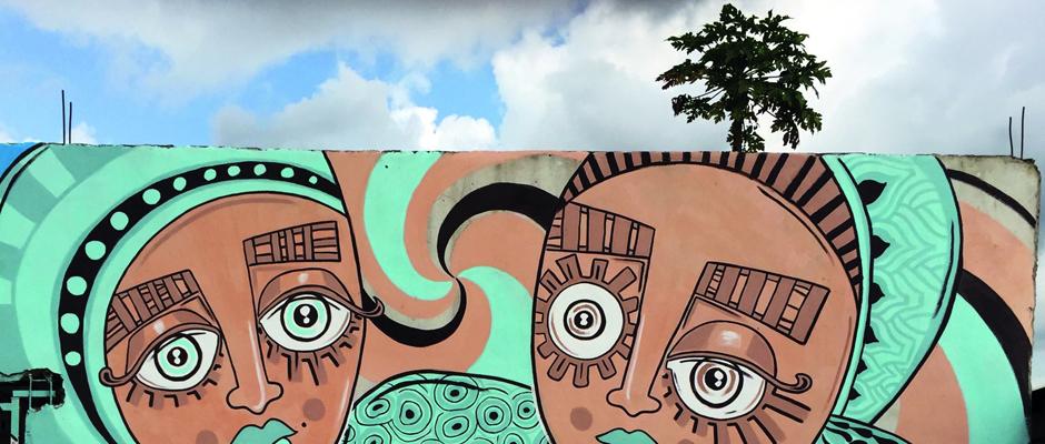 Mauerbild der Künstlerin Ursula Meyer, die sich auch in Herne künstlerisch betätigen wird.