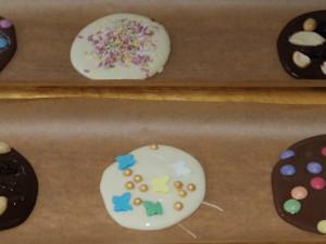 Bunte Schokolade selbst gemacht. ©Nina-Maria Haupt, Stadt Herne