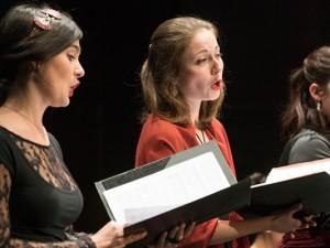 """Lise Viricel (Sopran), Alice Duport-Percier (Sopran), Axelle Verner (Mezzosopran) vom """"Concerto Soave""""."""