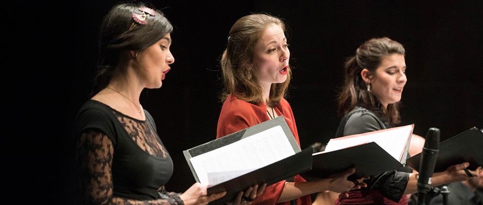 Lise Viricel (Sopran), Alice Duport-Percier (Sopran), Axelle Verner (Mezzosopran) vom