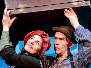 Das Theater Traumbaum spielt seit vielen Jahren anspruchsvolles Schülertheater. Birgit Iserloh und Ralf Lambrecht blicken zurück und erzählen von neuen Plänen. © FUNKE Foto Services / Klaus Pollkläsener