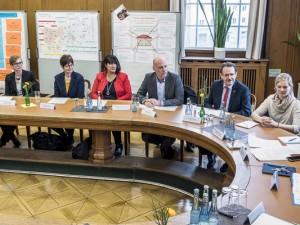 Bei der Pressekonferenz erhielten Presse und die Bewerter für den Deutschen Kita-Preis einen umfangreichen Einblick in das Netzwerk. ©Thomas Schmidt, Stadt Herne.