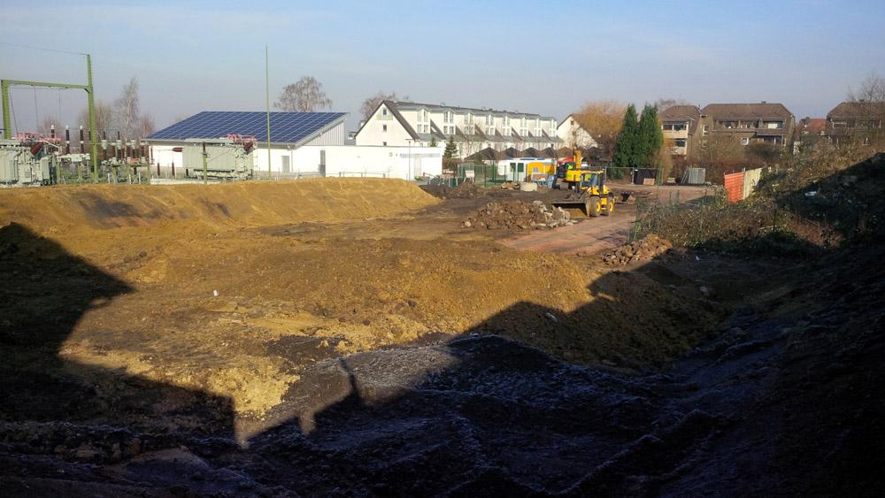 Der Boden ist vorbereitet, jetzt können die Keller gesetzt werden. ©Stadtwerke Herne.