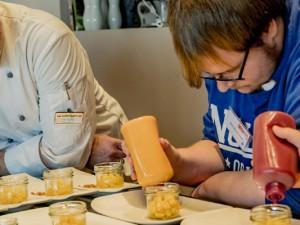Bewerber kochen mit Arbeitgebern ©Frank Dieper, Stadt Herne