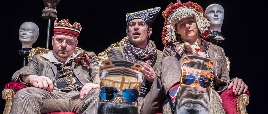 """""""Funny Girl"""" feiert am Freitag, 20. April, Premiere: Hier mit Manuel Moser, Till Beckmann und Jennifer Ewert. © Thomas Schmidt, Stadt Herne."""