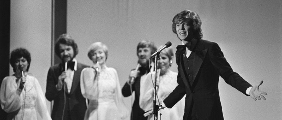 Jürgen Marcus beim Eurovision-Song-Contest 1976. © Nationaal Archief, Den Haag, Rijksfotoarchief: Fotocollectie Algemeen Nederlands Fotopersbureau (ANEFO),