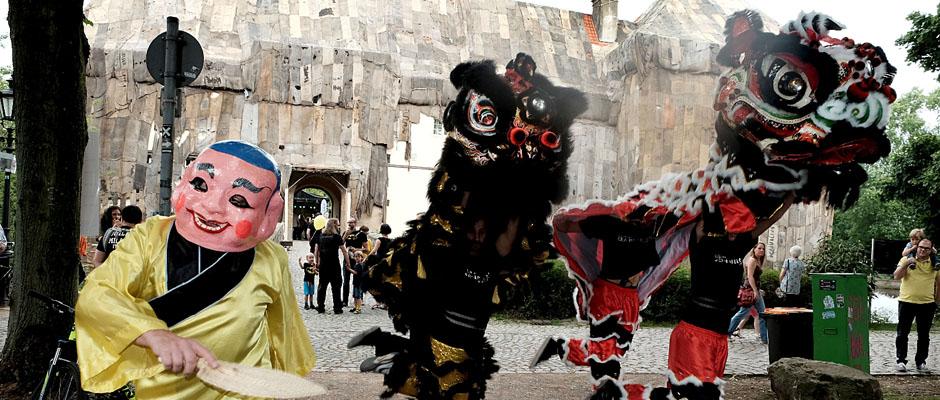 Traditioneller chinesischer Löwentanz präsentiert von dem Sportverein GEA-Happel e.V. ©Horst Martens, Stadt Herne.