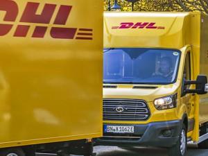 Fast geräuschlos und emmissionsfrei auf Wanner Straßen unterwegs, die neuen Elektro-Scooter XL. ©Thomas Schmidt, Stadt Herne
