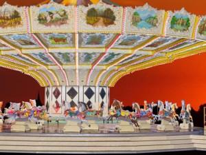 Das Alt-Wiener-Pferdekarussell ist eine von vielen Attraktionen. ©Cranger Weihnachtszauber.