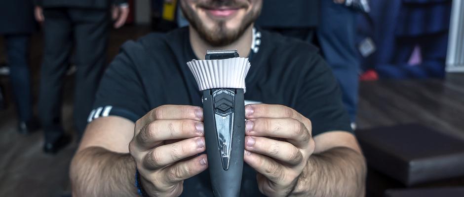 ,,Vermeintlich einfache Ideen das Leben zu erleichtern. Erst mal drauf kommen: der Rasieraufsatz Clean Shaver in Zeiten der hippen Vollbärte! ©Thomas Schmidt, Stadt Herne
