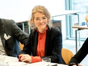 Doreen Mölders, die neue Chefin, flankiert von der LWL-Kulturdezernentin Barbara Rüschoff-Parzinger und Pressesprecher Frank Tafertshofer. ©Frank Dieper, Stadt Herne.
