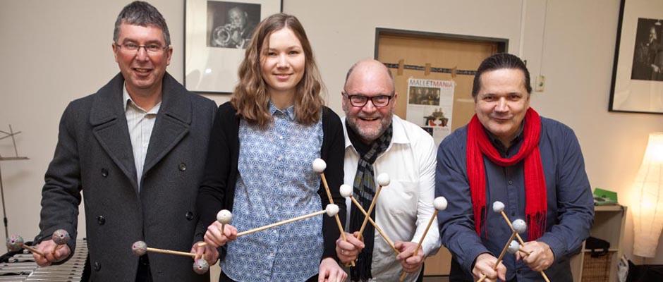 Stimmen für Malletmania ein: Thomas Witt (Organisator Flottmann-Hallen), Carlotta Ribbe, Christian Ribbe und Elmar Dissinger. © Horst Martens, Stadt Herne.
