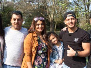 Momo Chahine und seine Familie: Warden Mezher (Mutter), Talal Chahine (Vater), Widad (Schwester), Cila (Nichte), Momo und Bruder Ahmad. ©Horst Martens, Stadt Herne